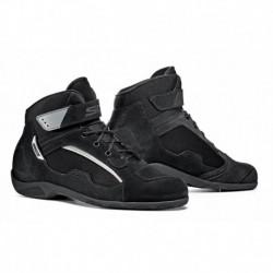 Duna motoros cipő 45 fekete